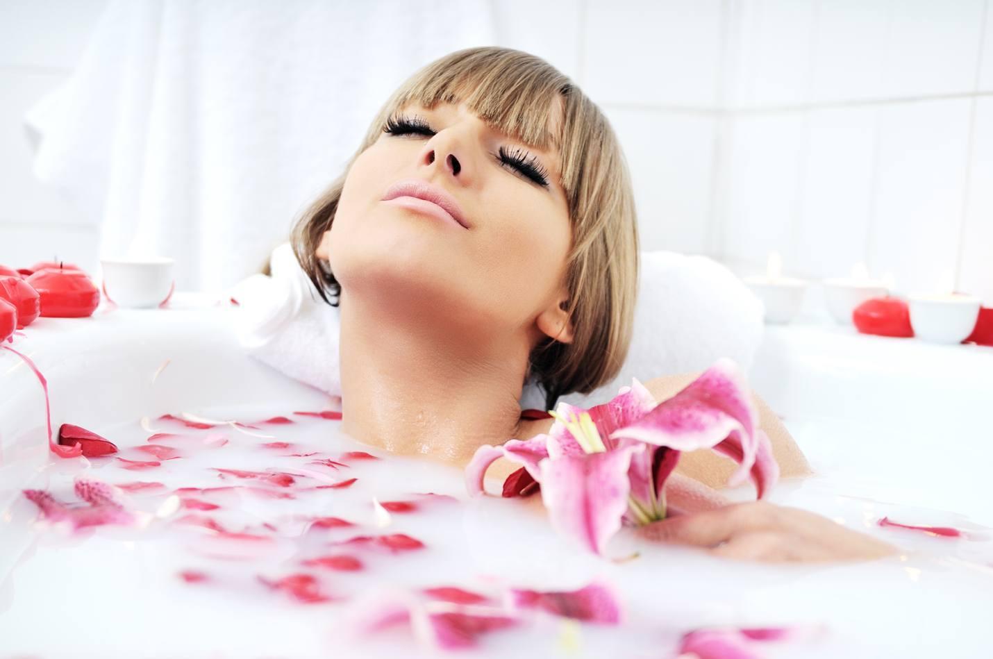 hacer infusion para baño relajante